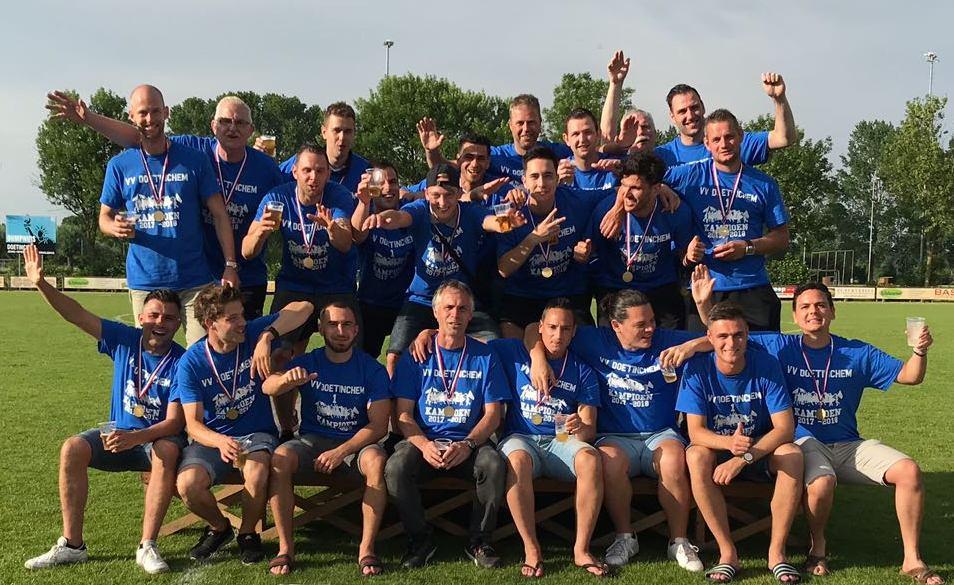 Groot feest, Doetinchem-1 kampioen!